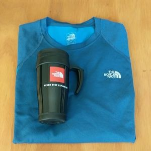 The North Face Long Sleeve Tee-shirt w/ New Mug